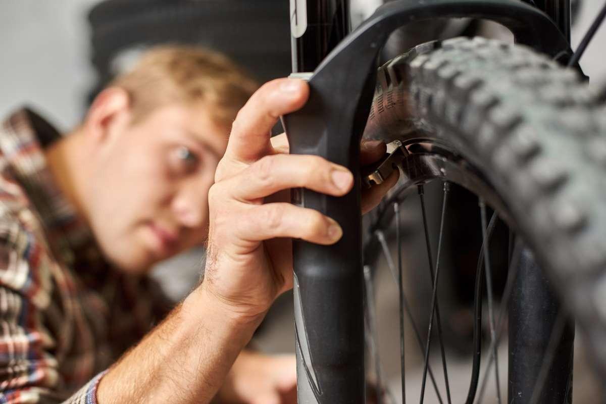 Cambiar rueda de bici