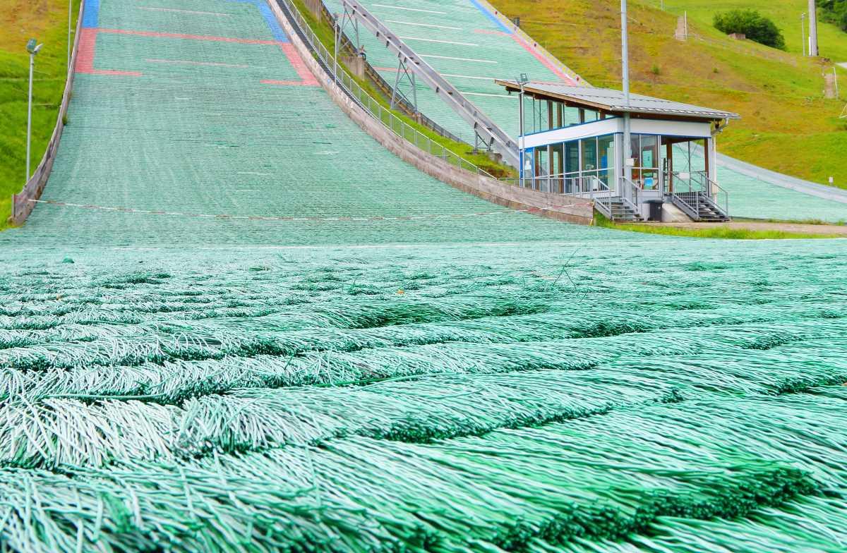 Pista de esquí artificial o hielo seco