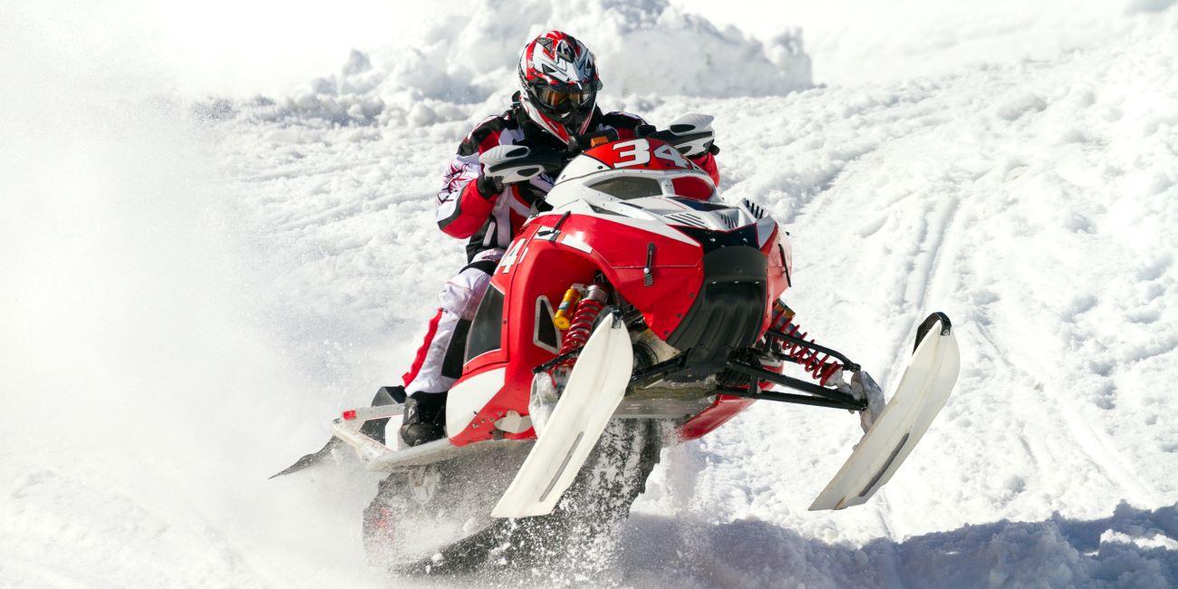 Moto de nieve: un deporte de invierno