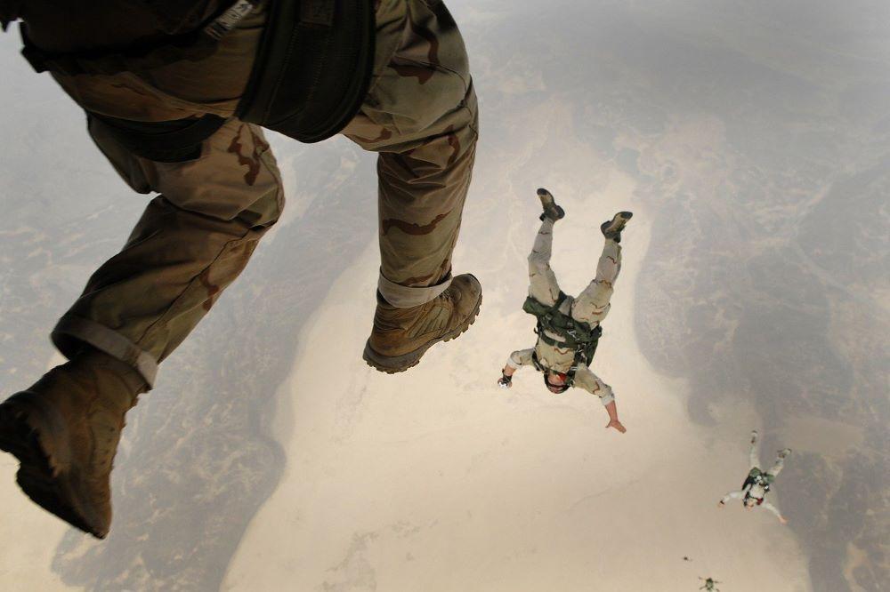 antiguos paracaídas