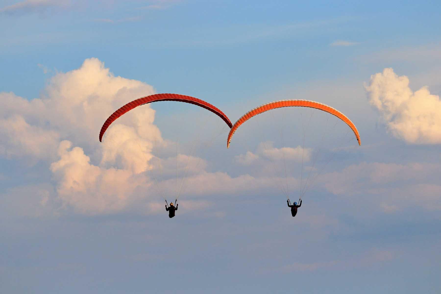parapente o paracaidismo